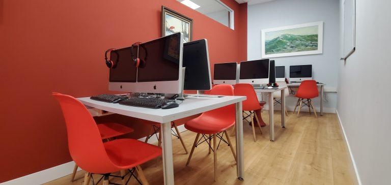Morris Zarautz Computer Lab